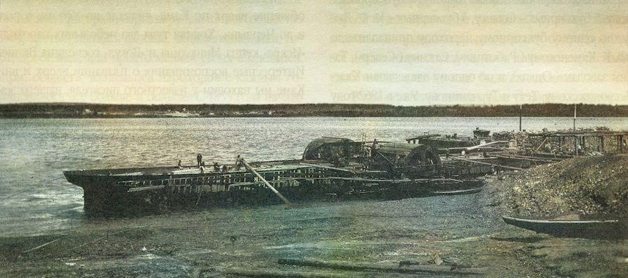 Строительство парохода на набережной