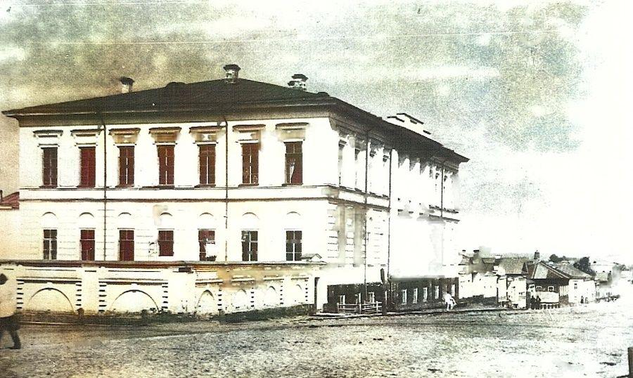 Здание Окружного суда до реконструкции