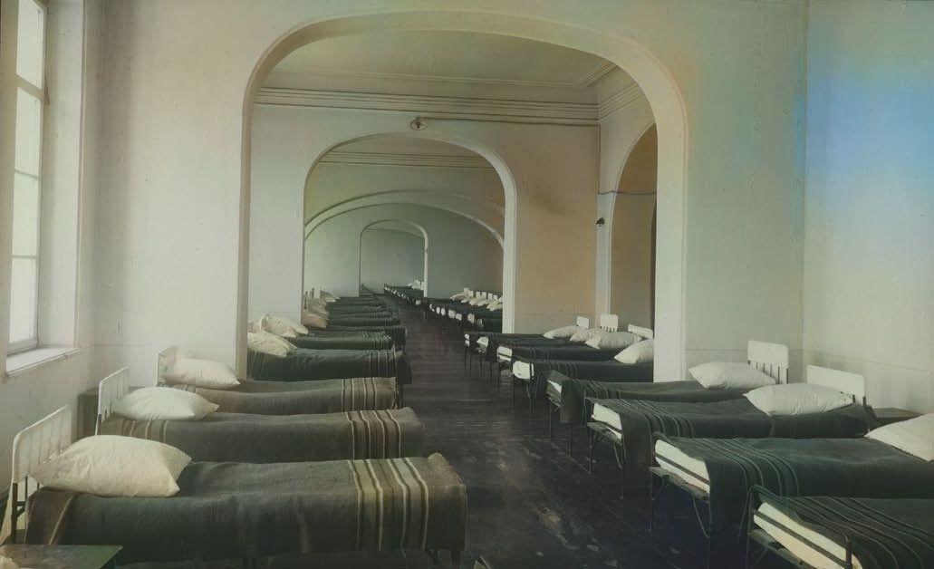 Спальня в духовном училище
