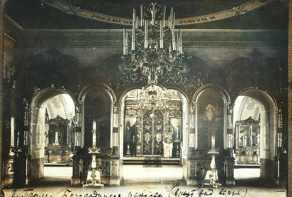 В Богородицкой церкви