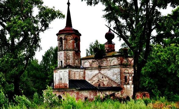 Никольская церковь в Пыскоре