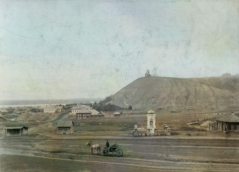 Улица 1905 года (в те времена называлась Большая)