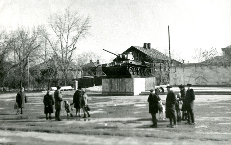 Памятник уральскому добровольческому корпусу