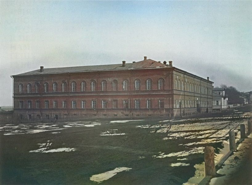 Батальонные казармы