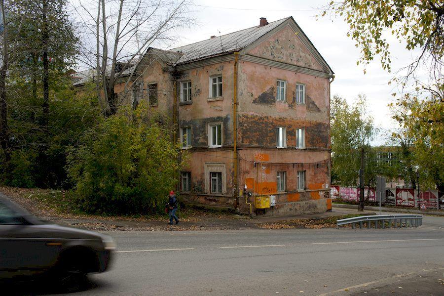 Старые дома