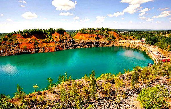 Бирюзовые озера