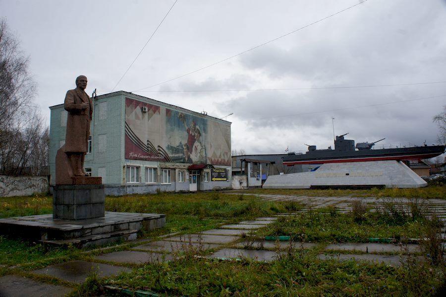Где находится Ленин
