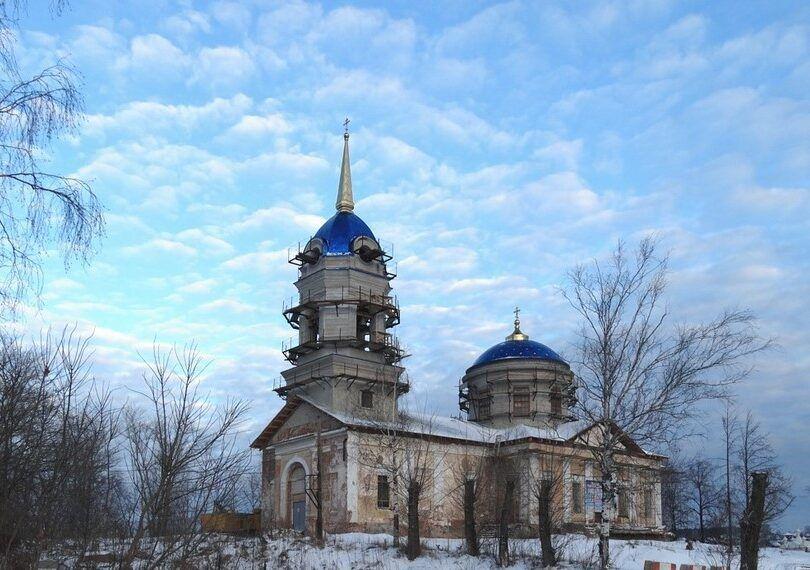 Церковь Рождества Богородицы в Добрянке