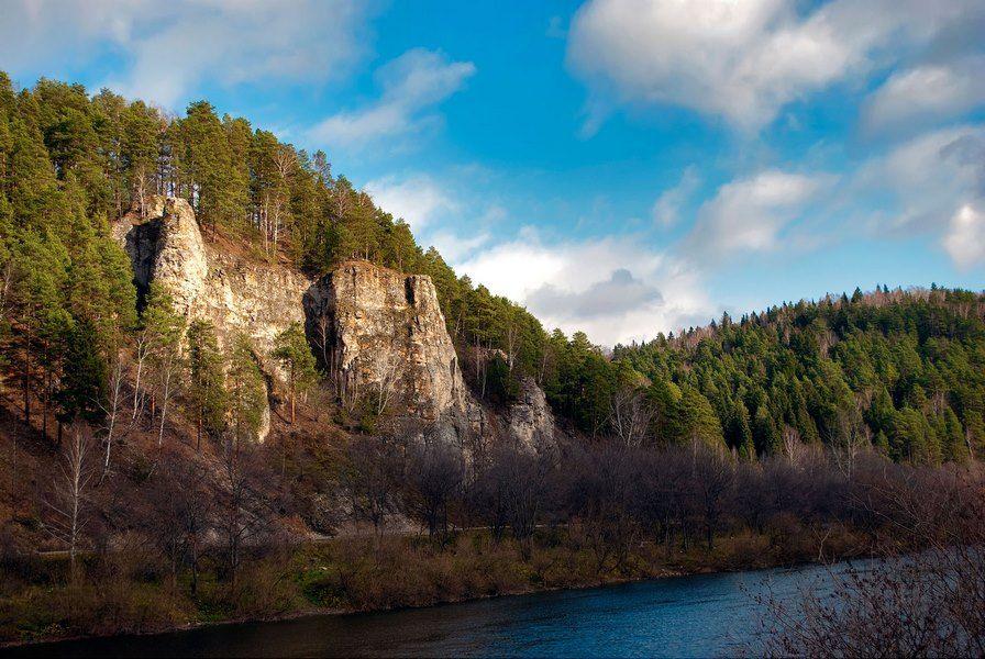 Камень Ермак (река Сылва)