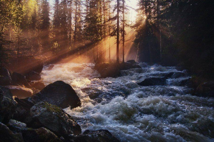 Жтгаланские водопады на рассвете