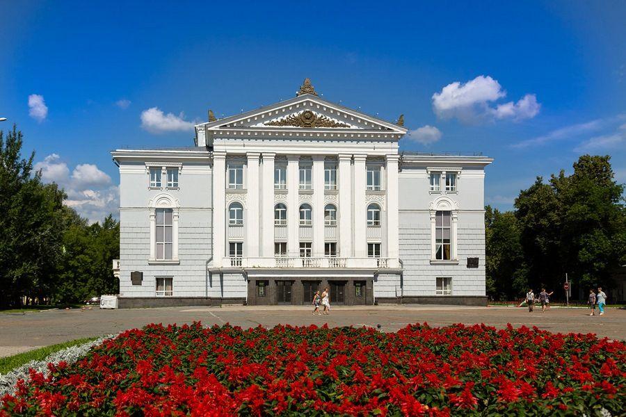 Театр оперы и балета им. П. И. Чайковского